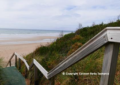 turners beach tasmania caravan park ulverstone. Black Bedroom Furniture Sets. Home Design Ideas